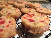 cherry-pistachio cookies