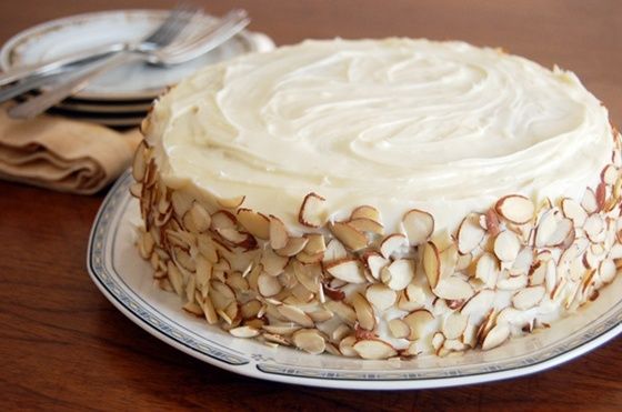 Almond Cream Cheese Frosting
