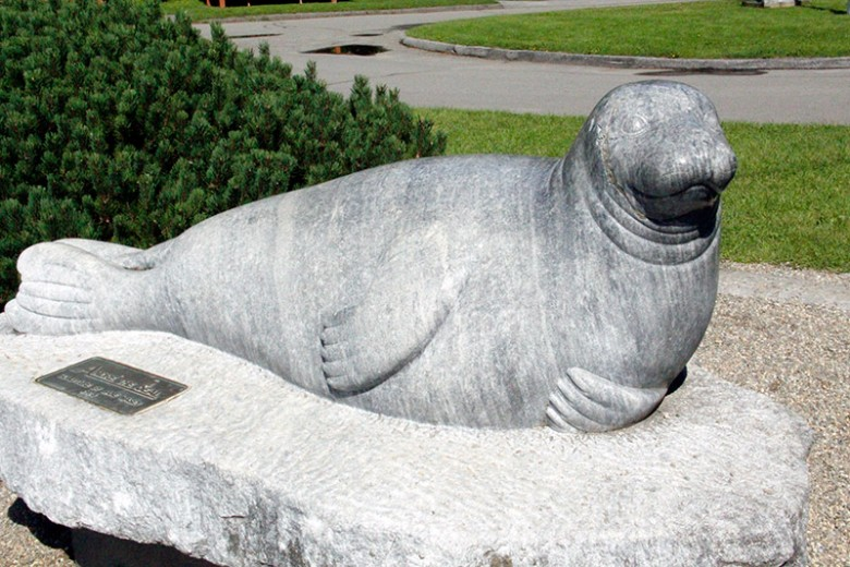 Andre the Seal Statue