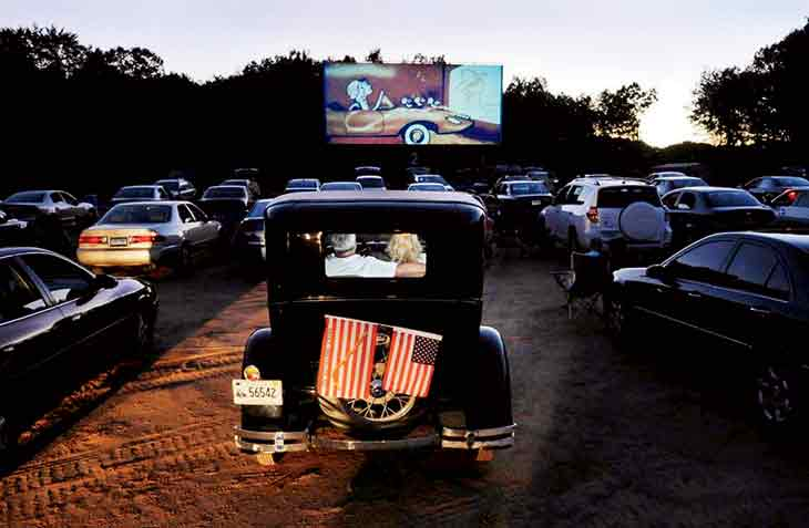 the southington drive in nostalgic movie fun new england today. Black Bedroom Furniture Sets. Home Design Ideas