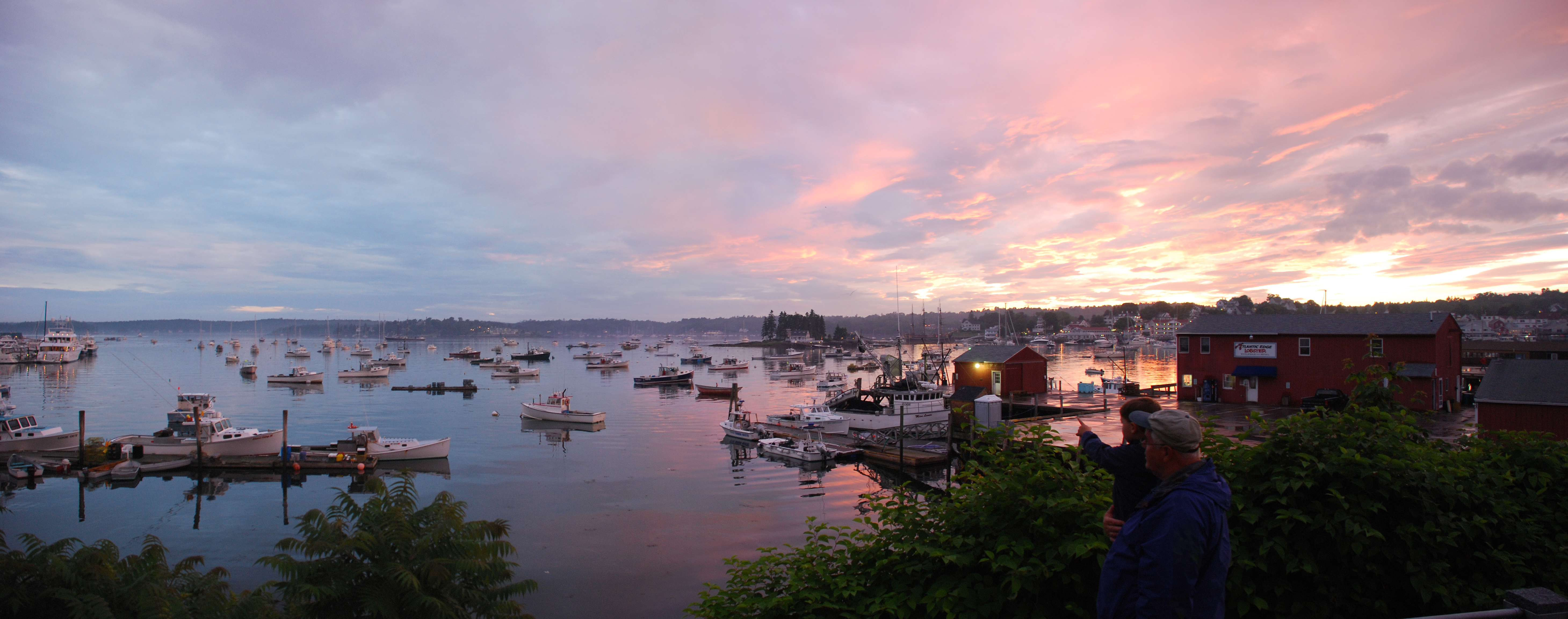 10 prettiest coastal towns in maine new england today for Small east coast beach towns