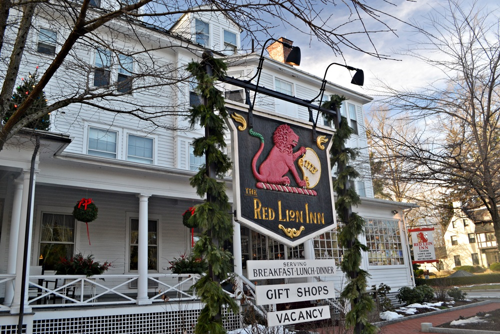Red Lion Inn Winter