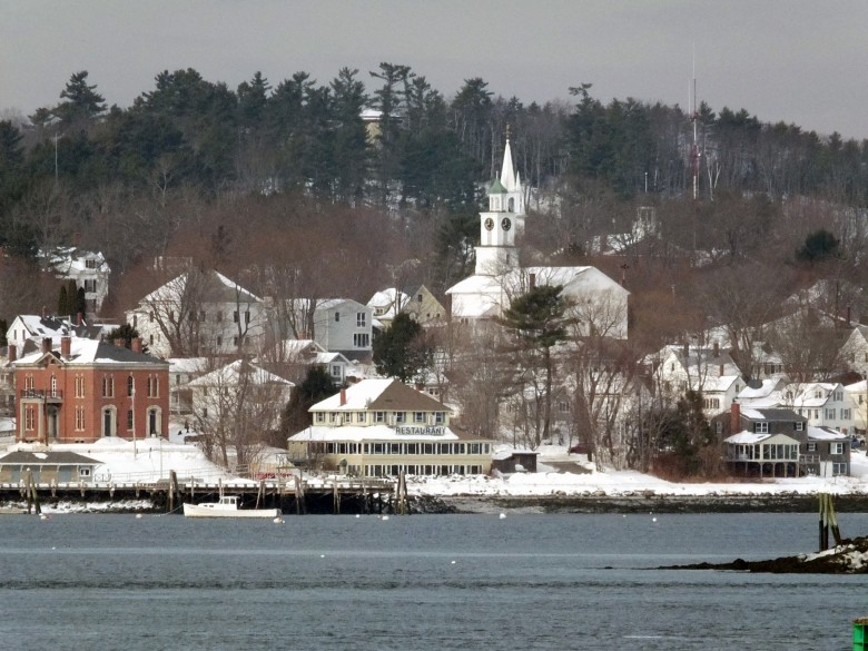 15 Prettiest Winter Villages In New England New England