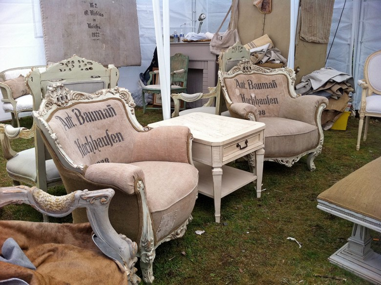 10 Tips for Surviving the Brimfield Antique Show - 10 Tips For Surviving The Brimfield Antique Show - New England Today