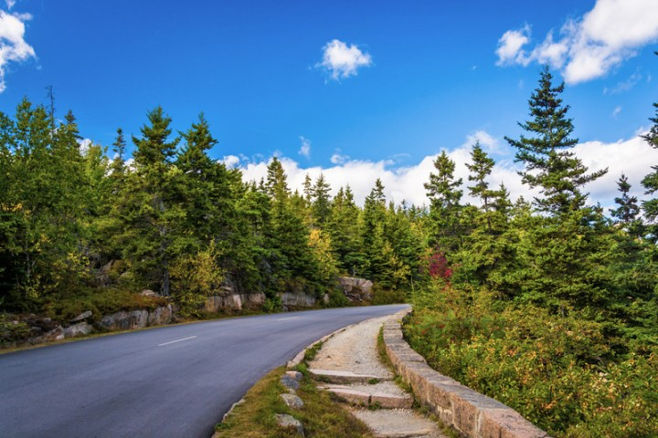 7a36835d8525f 10 Best Summer Road Trips in New England - New England Today