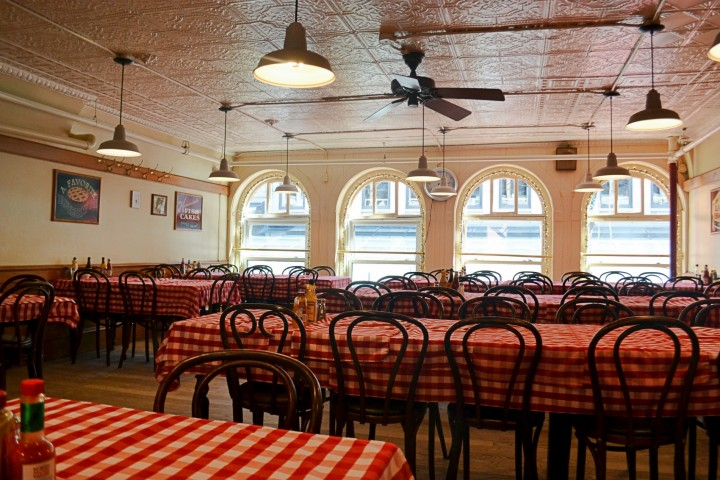 "durgin-park | the historic boston eatery ""established before you"