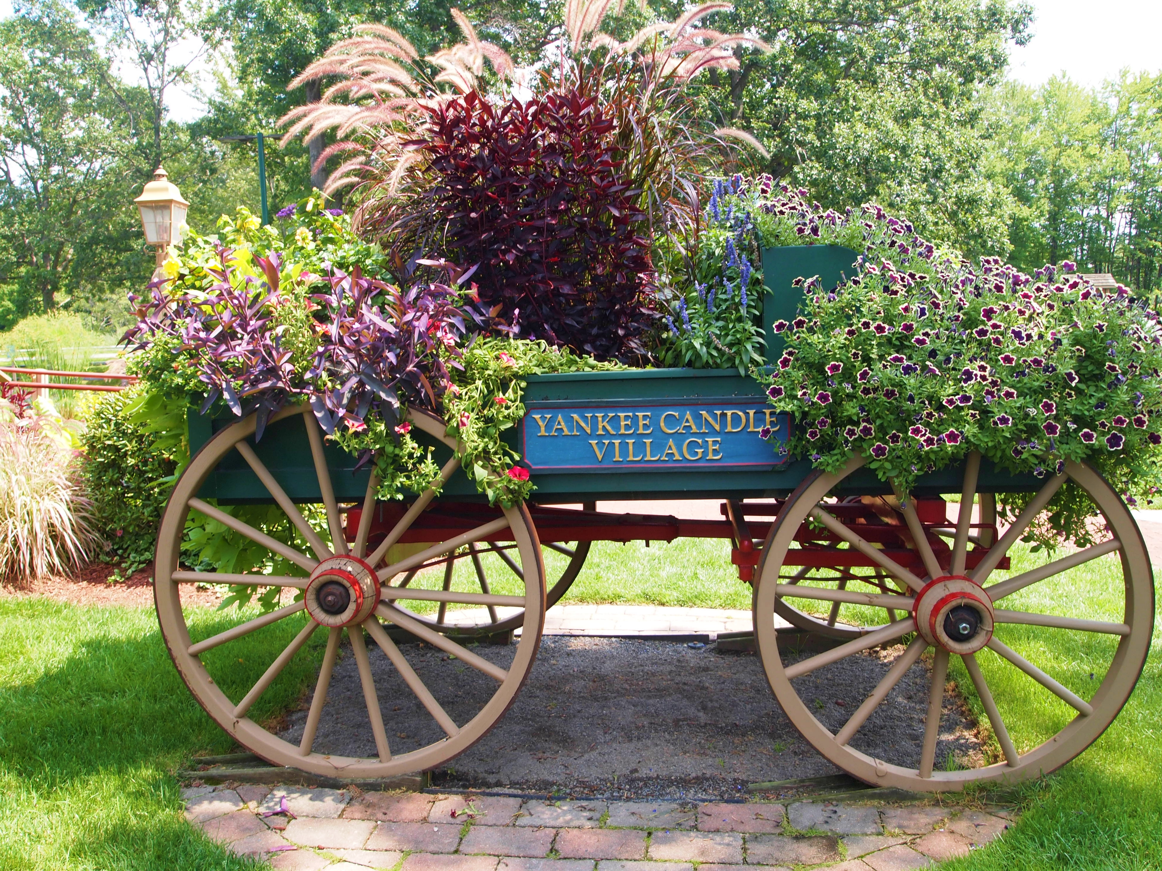 the yankee candle village store in south deerfield massachusetts