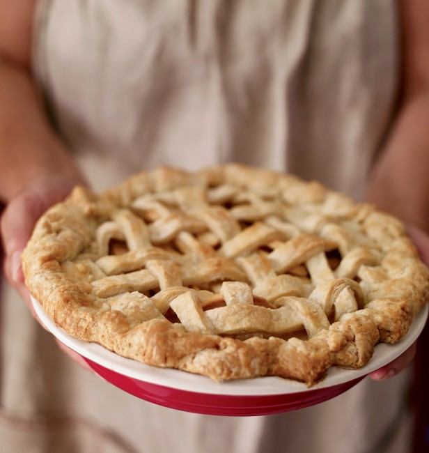 Apple Pie History and Recipes - New England Today