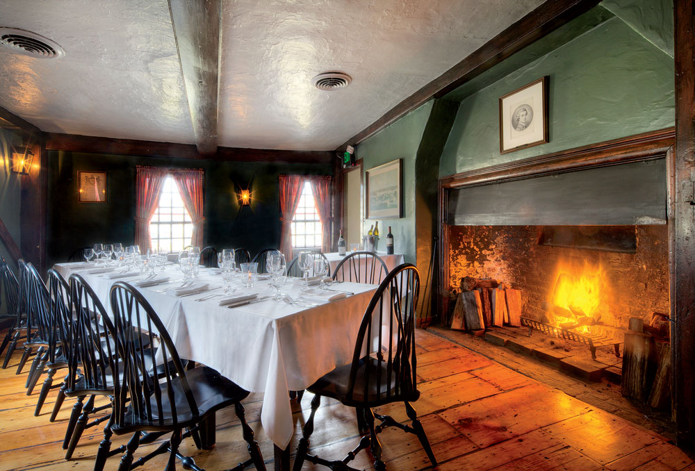 Best New England Restaurants With Fireplaces