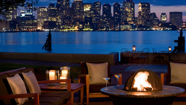 The Harborside Patio At Hyatt Regency Boston Harbor Hotels With A View
