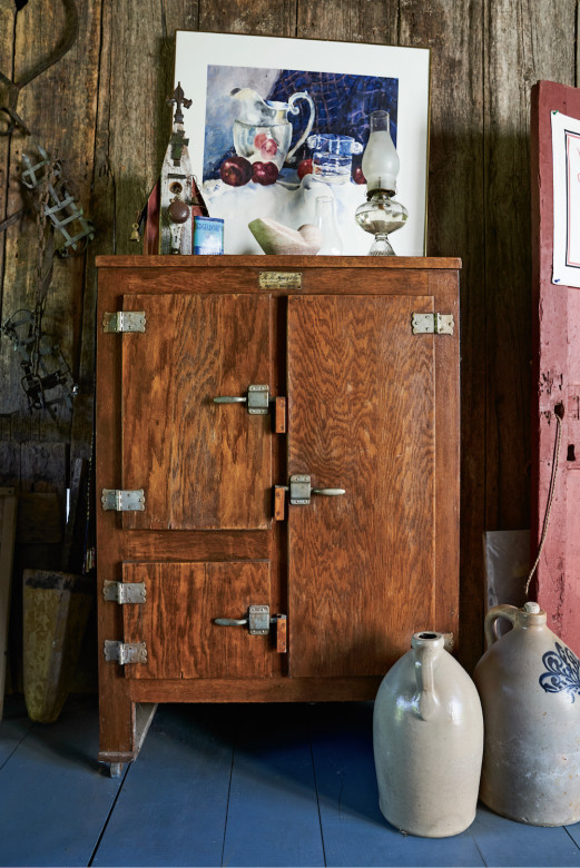 The Gallants have been conscientious caretakers of a number of White family relics, such as this vintage icebox.