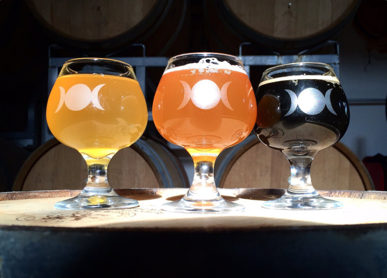 5 Favorite Breweries | Burlington, VT Four Quarters Brewing