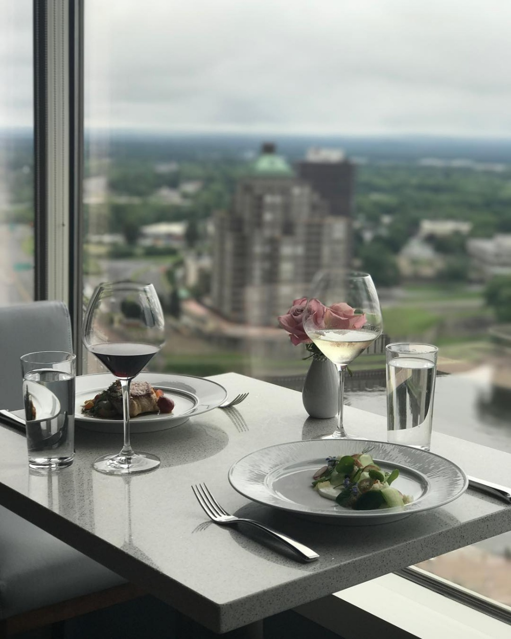Max Downtown Hartford Ct >> 7 Favorite Hartford, CT, Restaurants - New England Today
