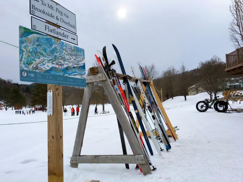Nordic Centers and ski areas make navigation easy with trail maps and signs.