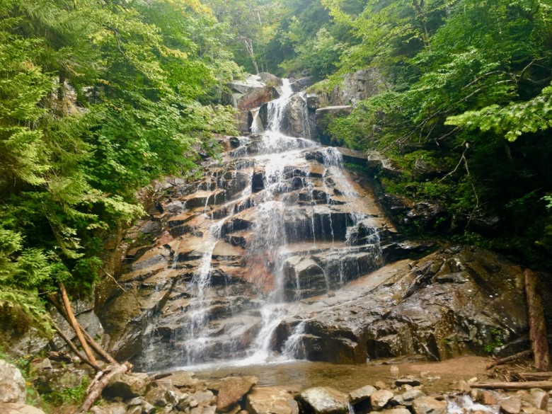 10 Worthwhile Hiking Trails with Waterfalls in New Hampshire
