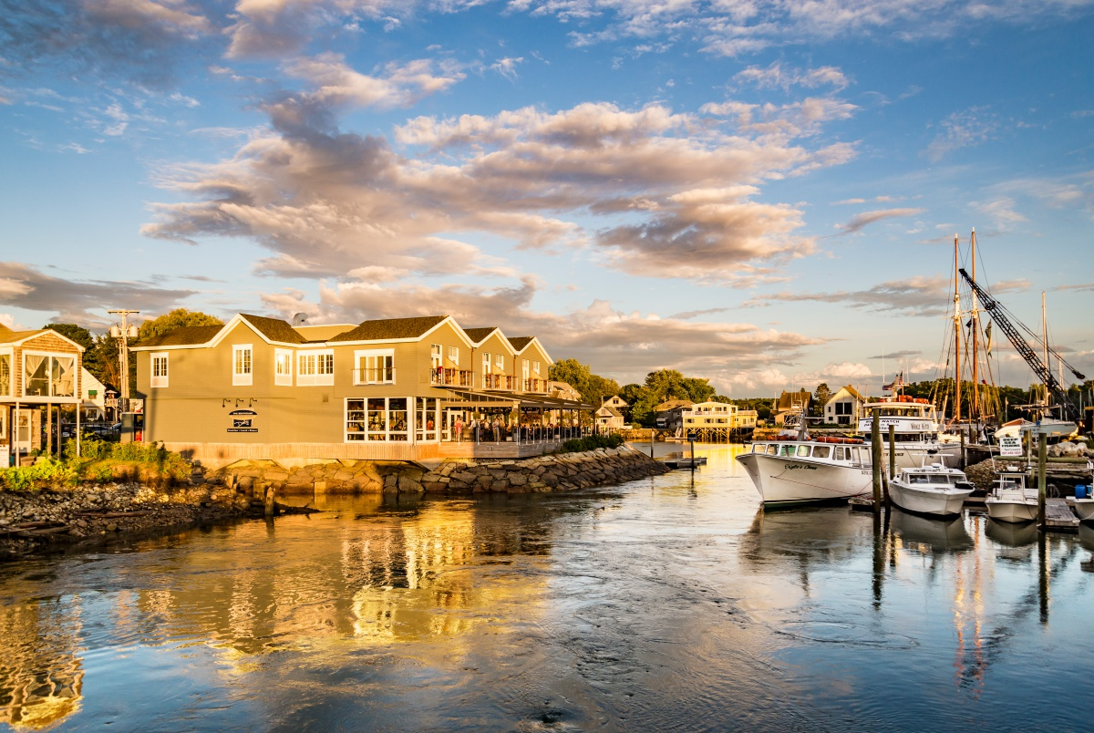 10 Prettiest Coastal Towns In New England