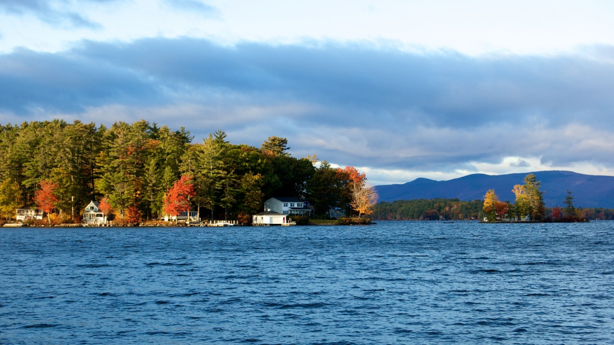Guide to Lake Winnipesaukee | Eat, Stay & Play - New England