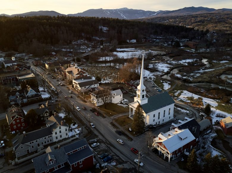 Winter Guide To Stowe Vermont Eat Stay Play New England Today