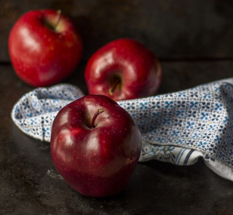 Why The Red Delicious Apple Is the Worst