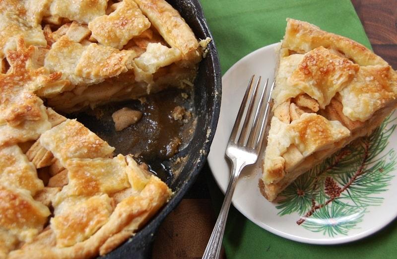 Old-Fashioned Apple Pandowdy Recipe - Yankee Magazine