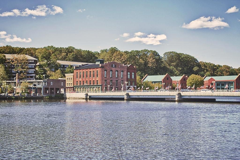 Best Connecticut Coastal Towns