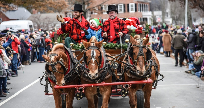 Best Christmas Towns.10 Best New England Christmas Towns New England Today