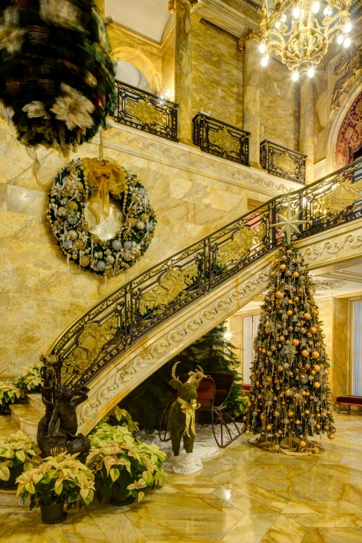christmas at the newport mansions - Mansion Christmas Decorations