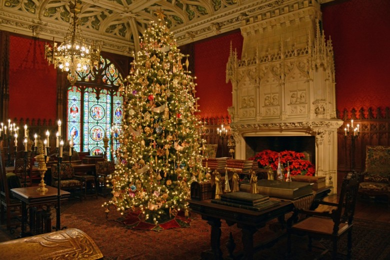 The panels pictured here were lined entirely in platinum. - Christmas At The Newport Mansions - New England Today