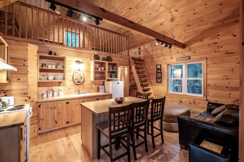 Maine Lake Cabin Rentals | Waterfront Retreats - New ...