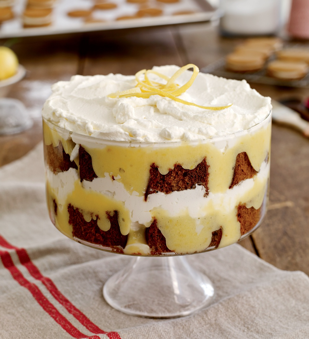 Tipsy Gingerbread Trifle With Lemon Curd Whipped Cream Yankee