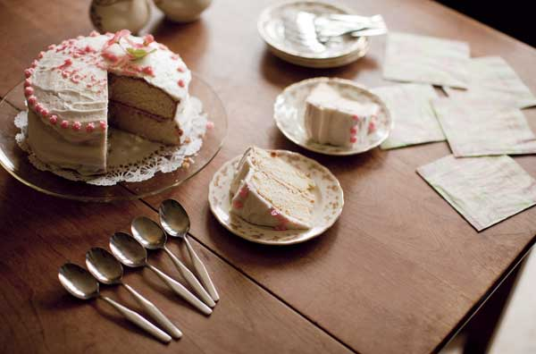 This Cake Is Light And Sweet The Icing Irresistible
