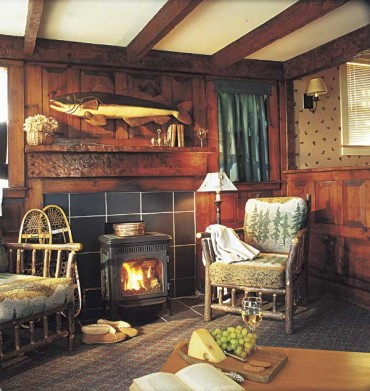 5 Best Cabins Amp Cottages For Fall Foliage New England Today
