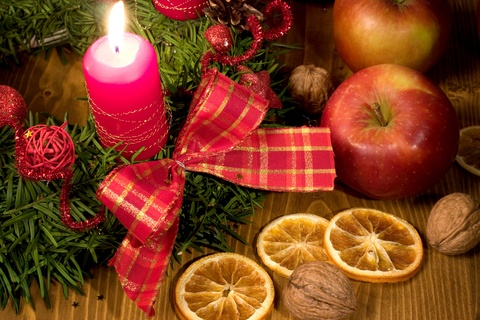 wassail from the middle english waes thu hael be thou hale well one word two ways to enjoy a venerable holiday tradition - Christmas Wassail