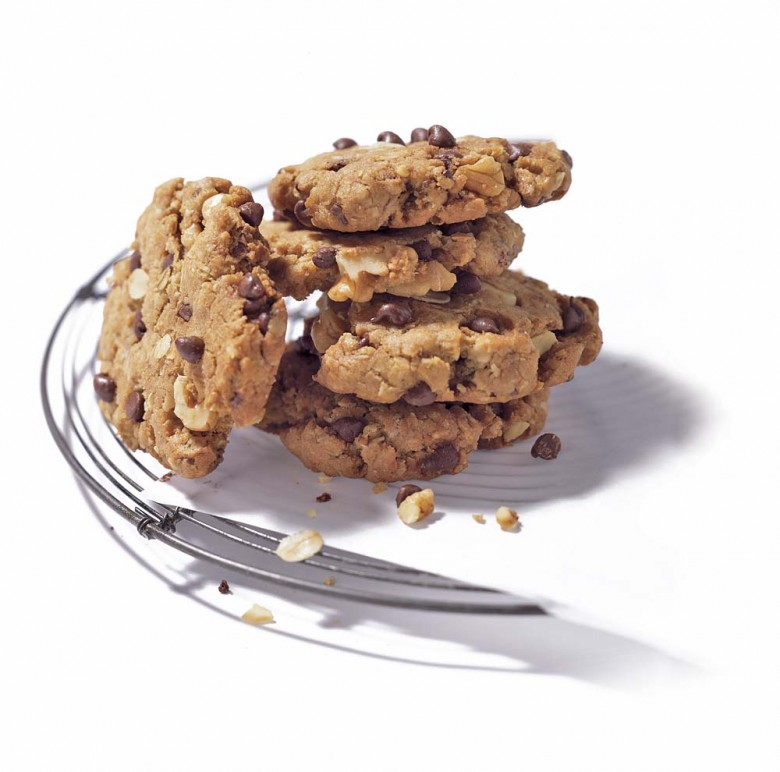 Nutty Oatmeal-Raisin Chocolate Chip Cookies