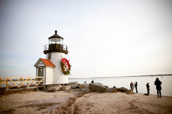 brant point lighthouse decorated for the holidays