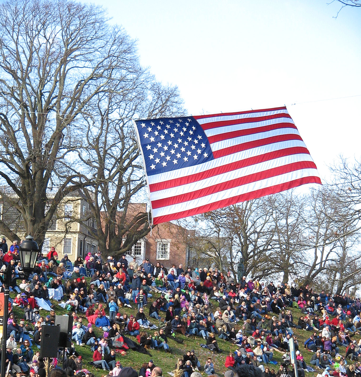 Thanksgiving Parade Crowd Plymouth Ma New England Today
