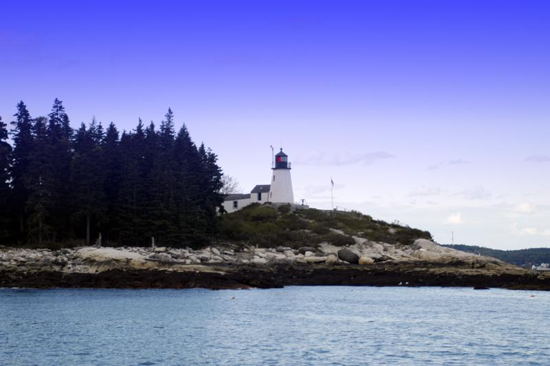 Burnt Island Lighthouse (user submitted)