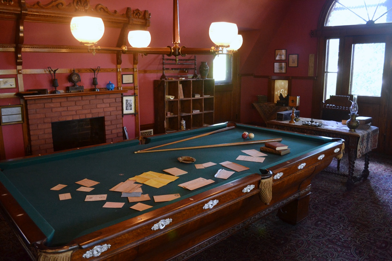 The billiard table in the house today was a gift to Clemens in 1904.