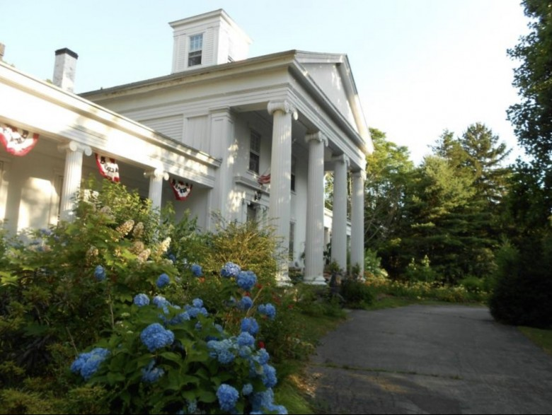 Where To Stay In Mystic  Ct