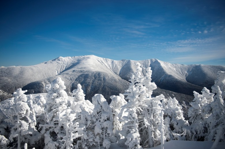 Guide to new hampshire ski resorts new england today for Ski cabins in new hampshire