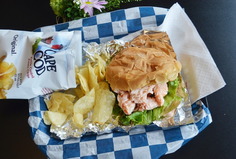 Sanders Fish Market Where To Find A Good Lobster Roll In Portsmouth Nh