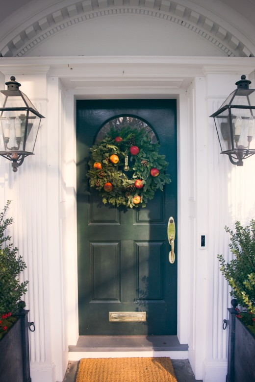holiday wreath ideas indoor outdoor decorating new england today rh newengland com
